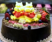 happy-birthday-cakes-with-fruit-3